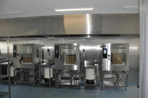 Happy Tappy Commercial Kitchens Gallery - 033 Stainless Machineries and Overhead
