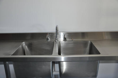 Happy Tappy Commercial Kitchens Gallery - 035 Dual Deep Kitchen Sink Basin with Single Faucet